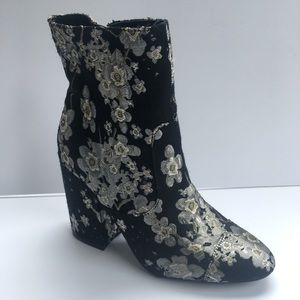 Indigo Rd Pull On Ankle Embroidery Boots HOT